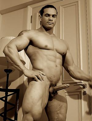 Tito Ortiz photos
