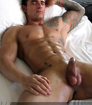 Sexy Alexsander shows off his muscular body and great cock